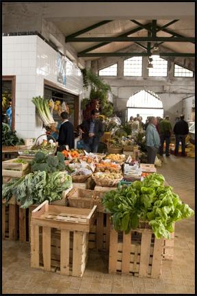 Market. ©2009 Erin Feinblatt