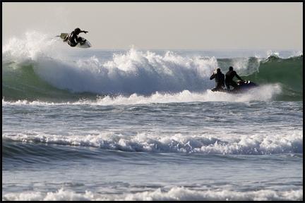 Modern Surfing ©2009 Erin Feinblatt